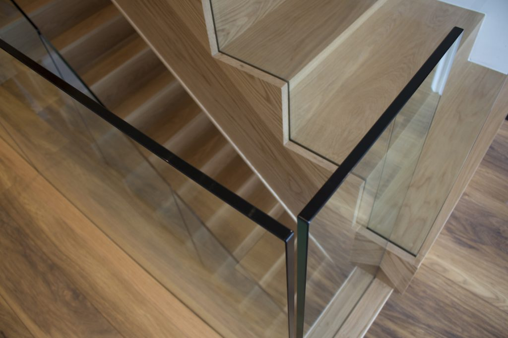 Profile View Of 15mm Frameless Glass Staircase