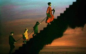 mary-poppins-smoke-stairs